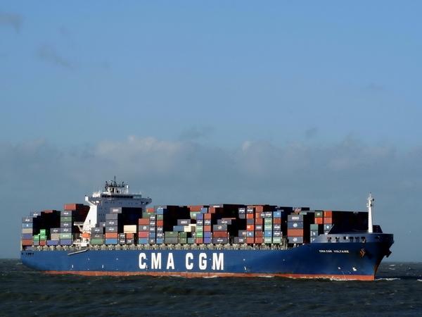 CMA CGM aumenta sus tasas en zonas de conflicto