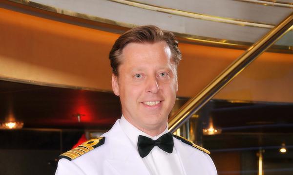 Holland America Lines nombra al capitán de su nuevo buque