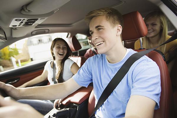 conducir-jovenes