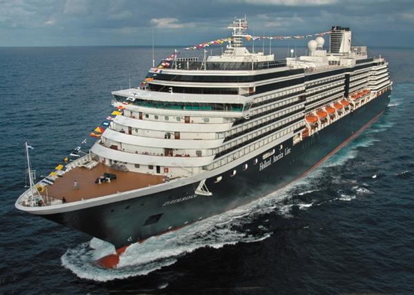 Buque de Holland America Line colabora en operación de rescate