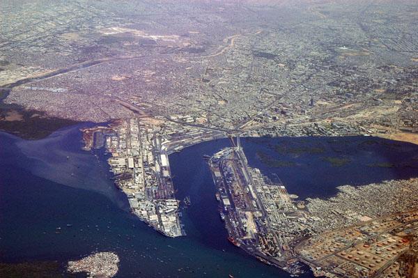 China y Pakistán reforzarán conectividad de sus puertos