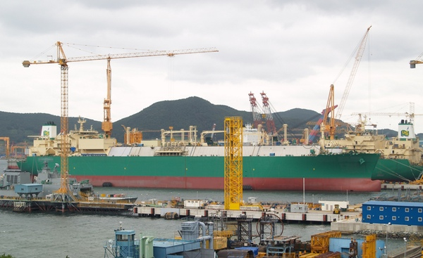 DSME suspende adquisición de STX France