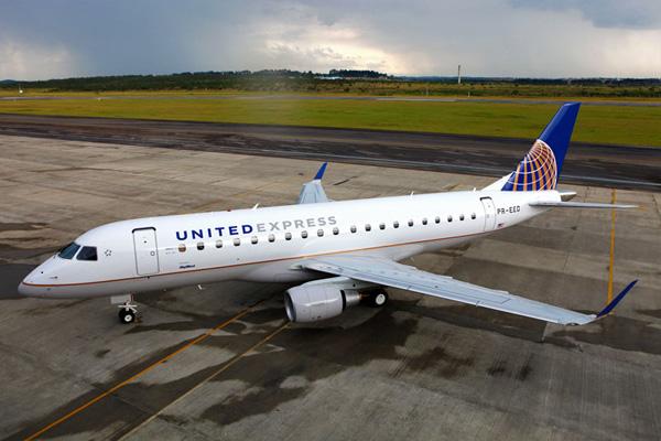 E175 de United Express