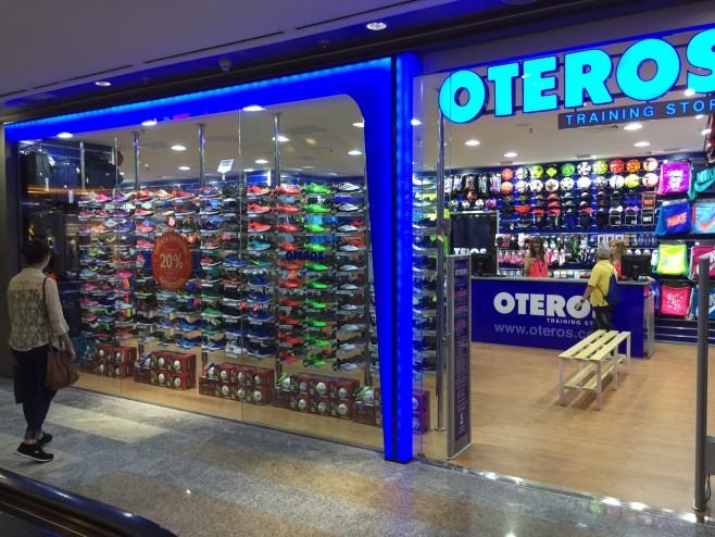 Oteros-Centro-Comercial-Principe-Pio