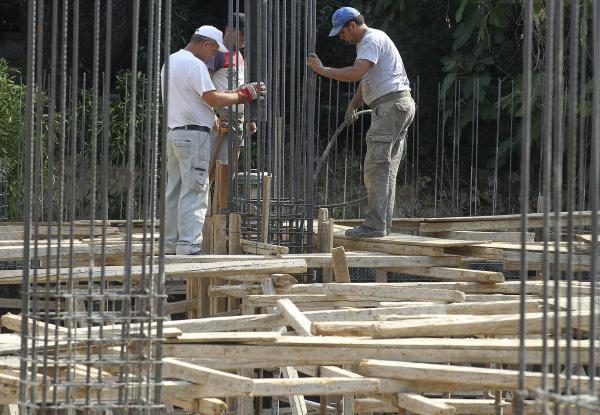 Brasil adopta medidas para proteger el empleo