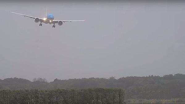 KLM tormenta