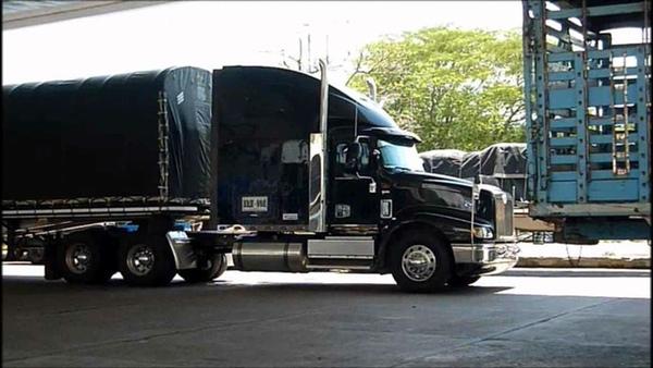 Camioneros colombianos podrían ir a la huelga