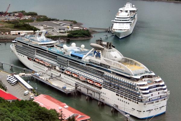 Coral Princess Cruises cambia su nombre