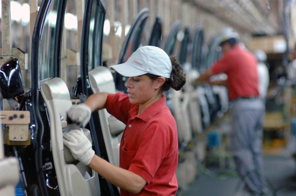 Desempleo sigue descendiendo en México