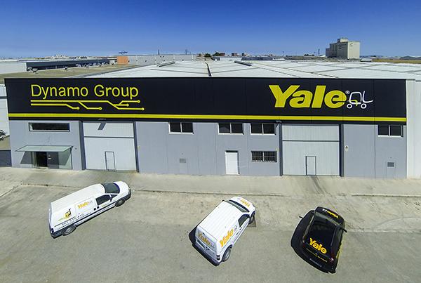 Dynamo-Yale-almacen