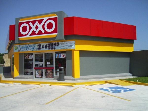 Oxxo gana terreno en el sector de la comida rápida