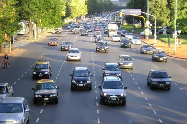 Producción de vehículos aumenta en Argentina