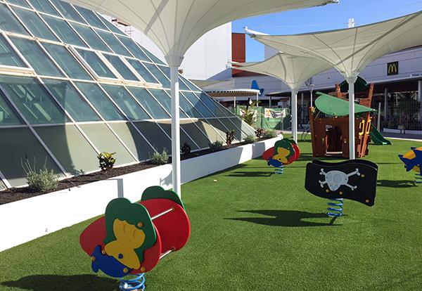 terraza-zona-infantil-centro-comercial-meridiano