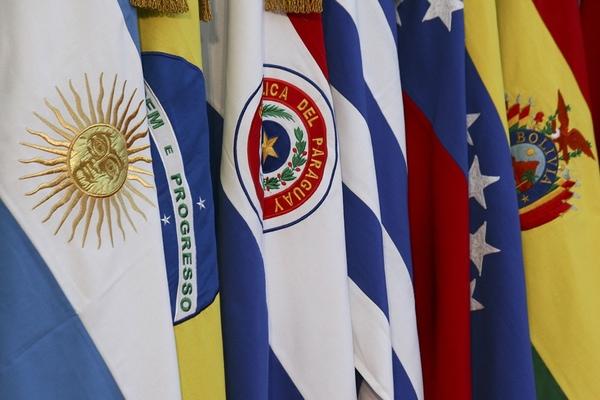 Agenda Brasil propone salida de Mercosur