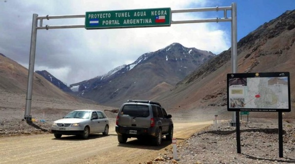 Chile y Argentina construirán túnel en la Cordillera de los Andes