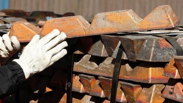 Codelco cierra otra mina por protestas de trabajadores