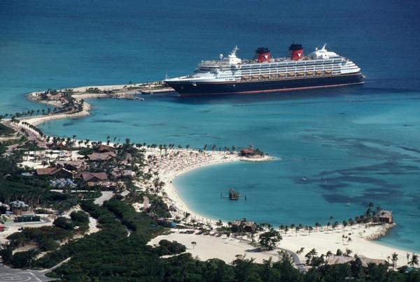 Disney Cruise Line limita el alcohol en sus buques