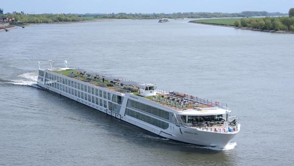 Emerald Waterways bautiza dos nuevos buques