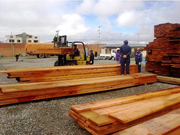 Exportaciones de madera boliviana siguen descendiendo