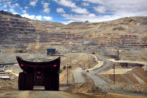 Huelga en Codelco causa daños en sus minas