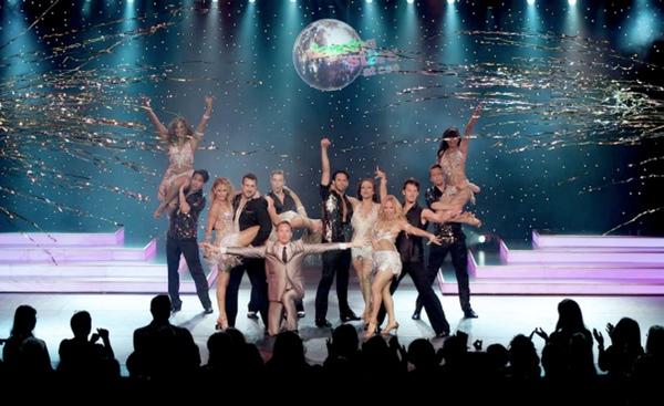 "Programa ""Dancing with the stars at sea"" finaliza en buques de Holland America"