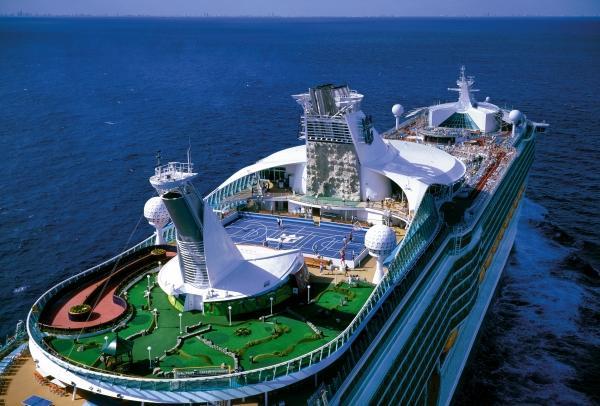 Royal Caribbean impulsa los cruceros a Singapur
