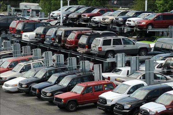 Venezuela aumenta produccion de automoviles