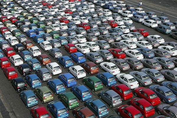 Venta de vehiculos desciende en Chile