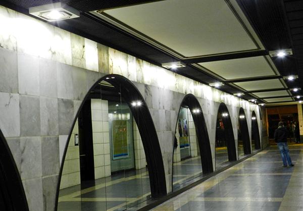 centro-comercial-iluminacion-LED