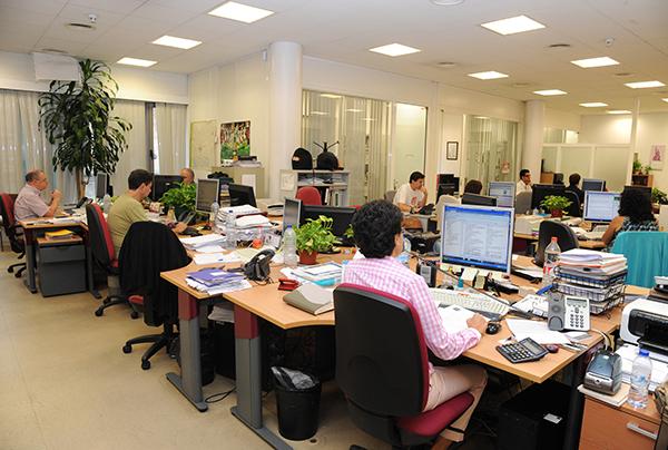 trabajadores-oficina