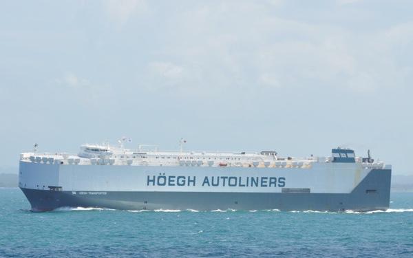 Autoridades keniatas incautan droga y armas en buque de Hoegh Transporter