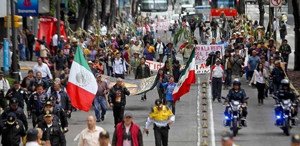 Comite se manifiesta contra nuevo aeropuerto de Ciudad de Mexico