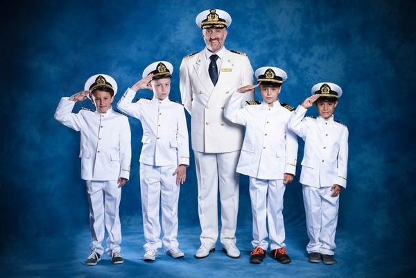 Costa Cruceros permite a los ninos ser capitanes por un dia