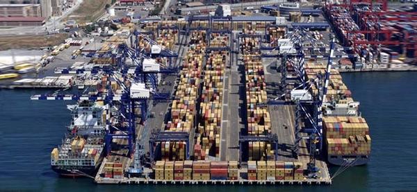 Navieras forman joint venture para administrar una terminal