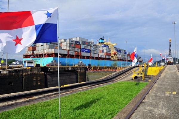 Panama aplica incentivos para abanderar buques