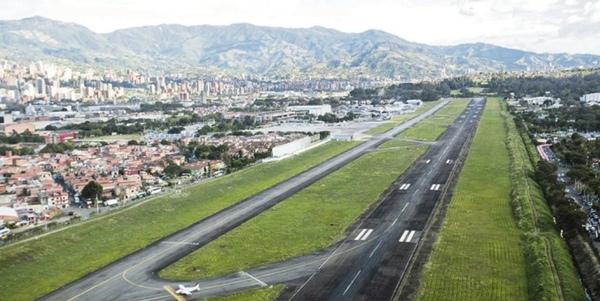 Vargas suspende la aplicacion de tasa aeroportuaria