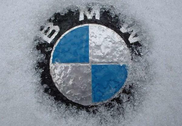 BMW en el hielo