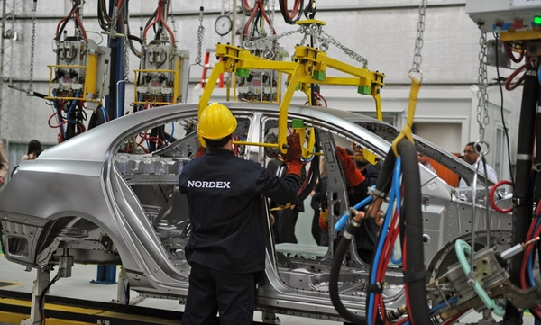 Crisis brasilena afecta a sector industrial de Uruguay