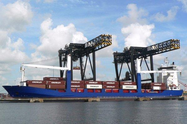 Crowley recibe un nuevo buque
