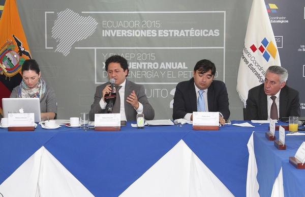 Ecuador organiza un foro de inversion
