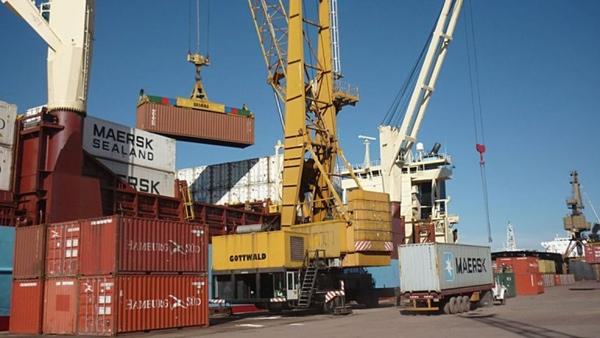 Exportaciones argentinas siguen en descenso