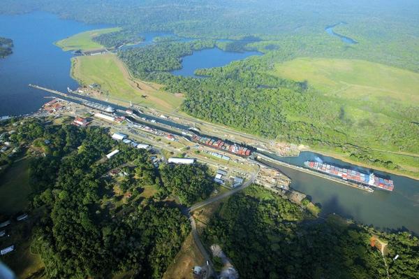 Panama estudia desarrollo logistico de la zona del Canal