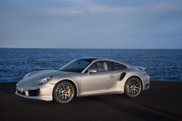 Porsche_911_biturbo