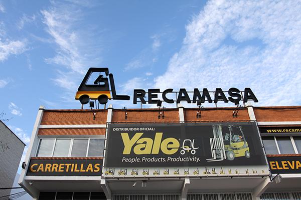 Recamasa-Yale-oficina
