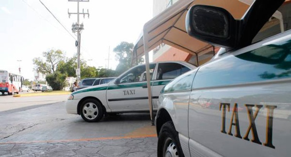 Taxistas de Cancun lanzan medidas alternativas a Uber