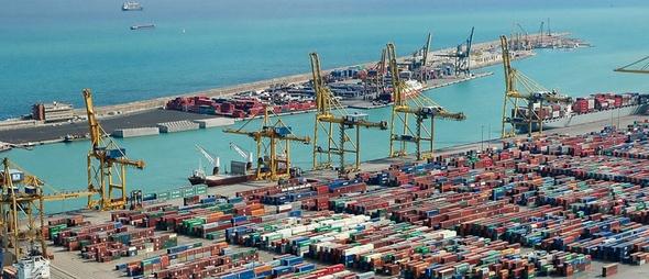 Transporte maritimo reduce sus costos