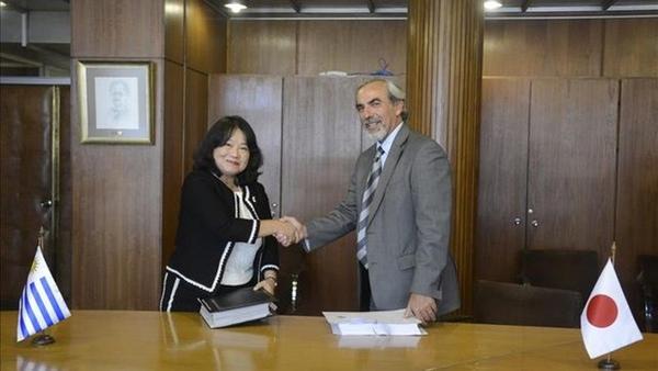 Uruguay promueve relaciones comerciales con Japon
