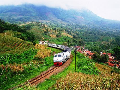 ferrocarril-indonesia