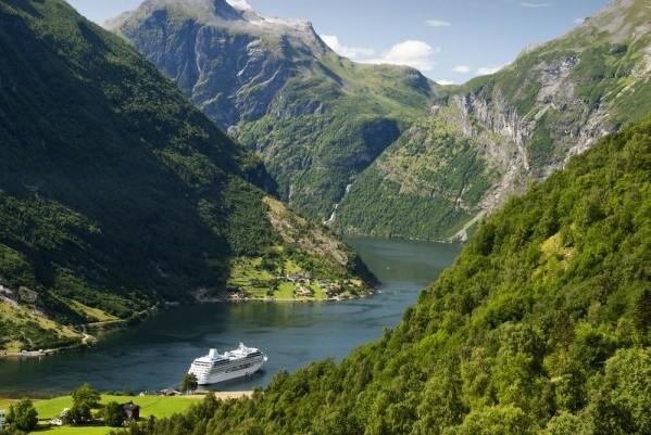pullmantur-cruceros-fiordos
