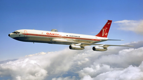 qantas-airlines-retro
